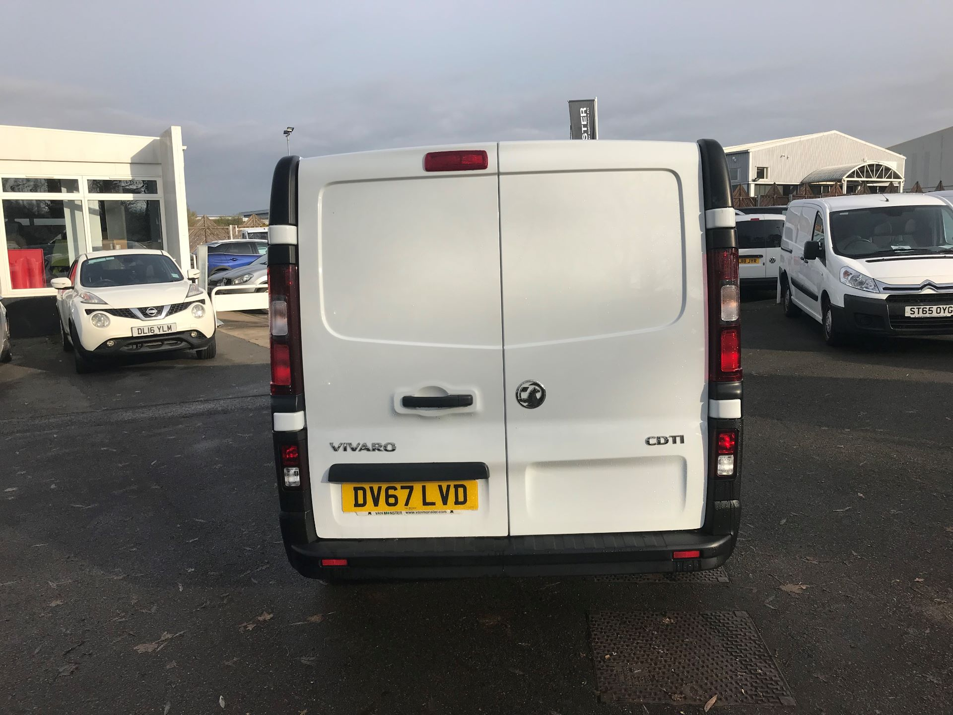 2017 Vauxhall Vivaro L2 H1 2900 1.6CDTI 120PS EURO 6 (DV67LVD) Image 6