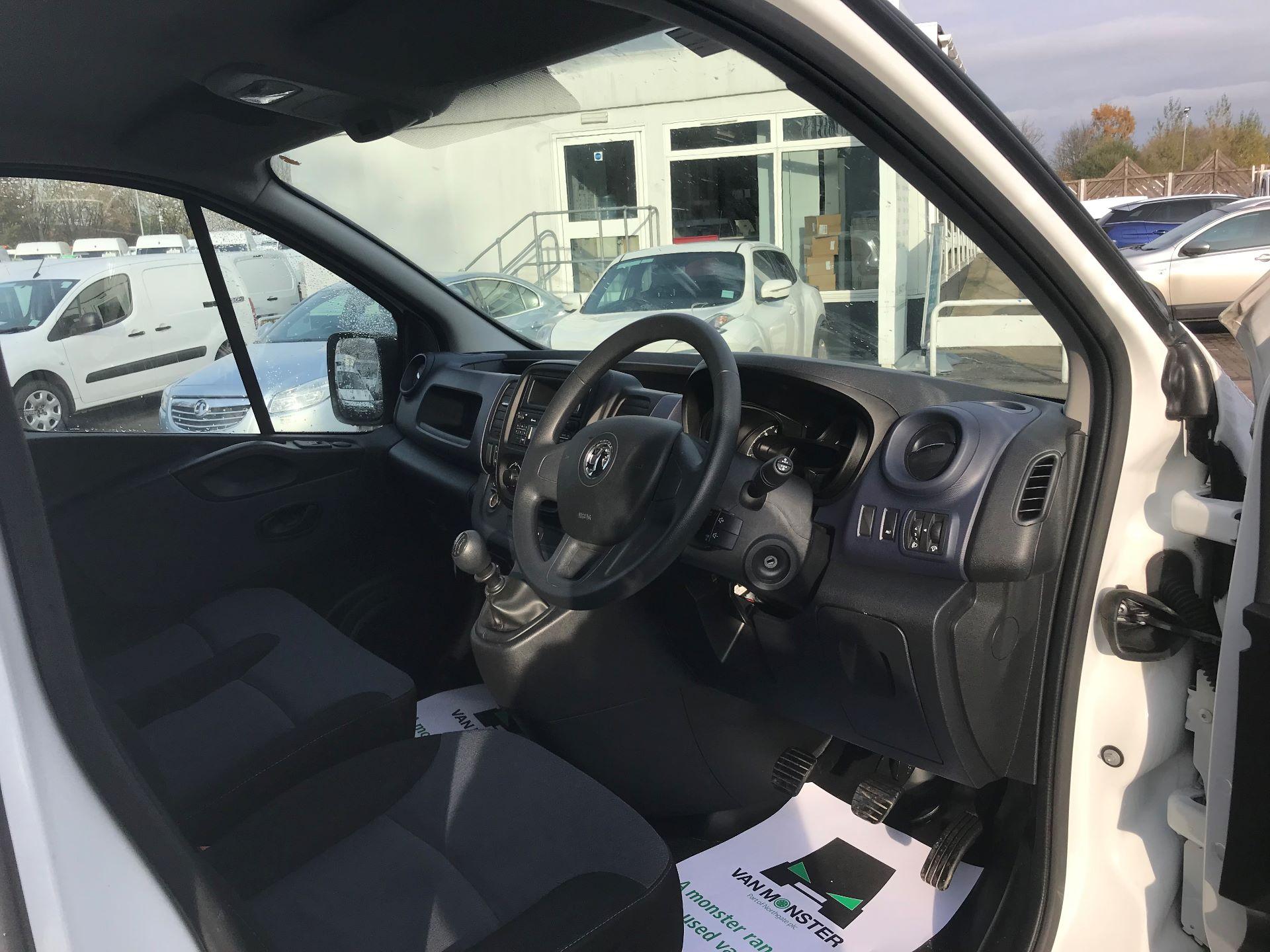 2017 Vauxhall Vivaro L2 H1 2900 1.6CDTI 120PS EURO 6 (DV67LVD) Image 16