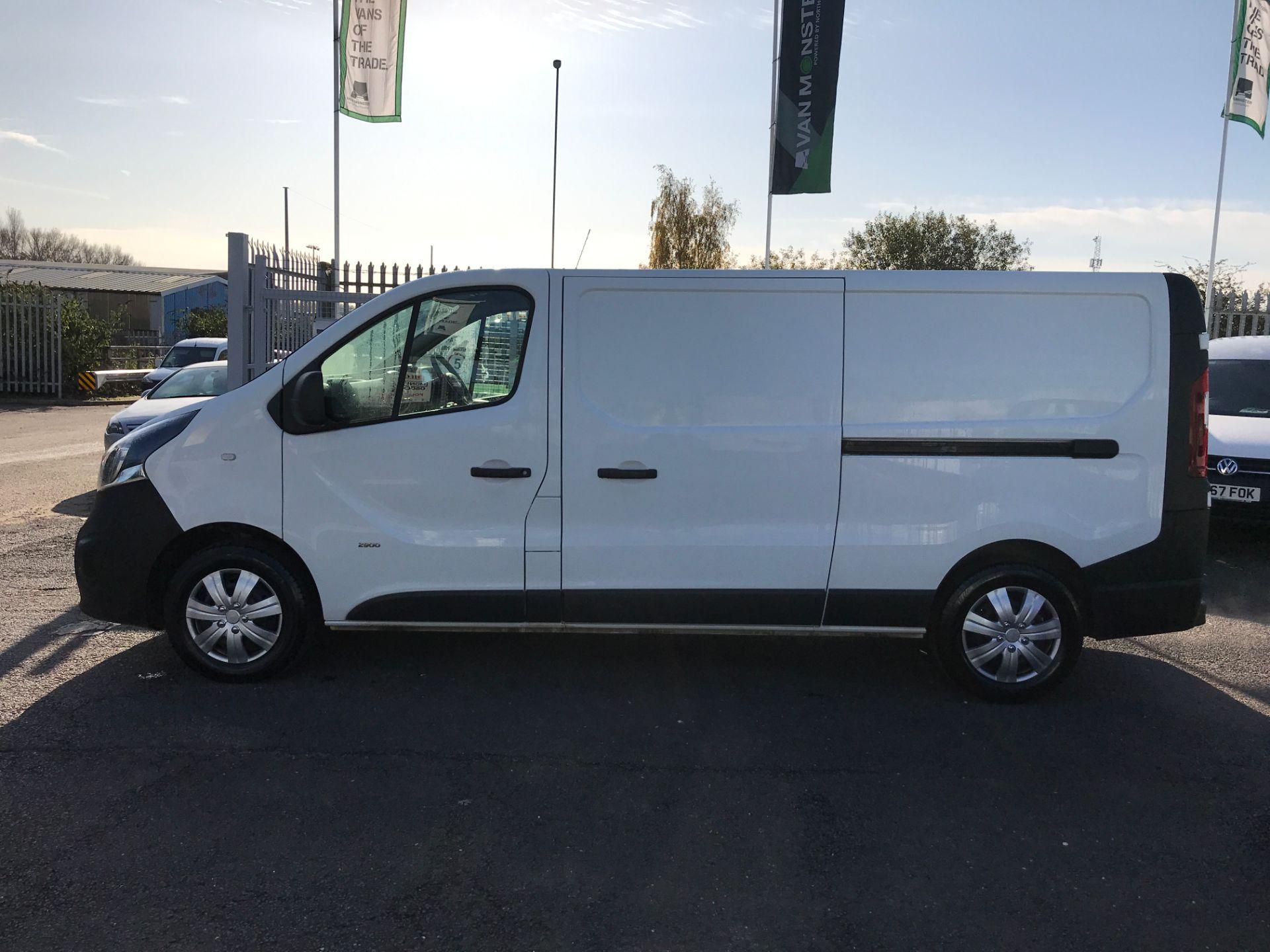 2017 Vauxhall Vivaro 2900 L2 H1 1.6CDTI 120PS EURO 6 (DV67LWC) Image 11