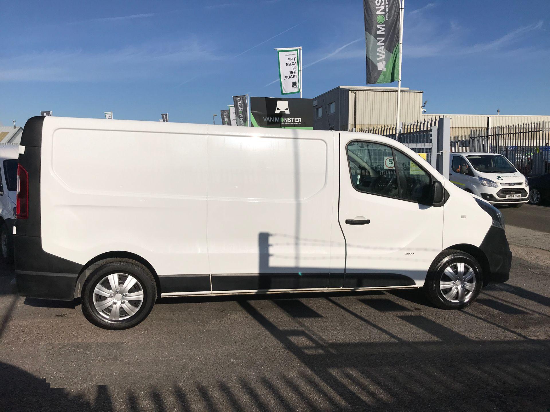 2017 Vauxhall Vivaro 2900 L2 H1 1.6CDTI 120PS EURO 6 (DV67LWC) Image 7