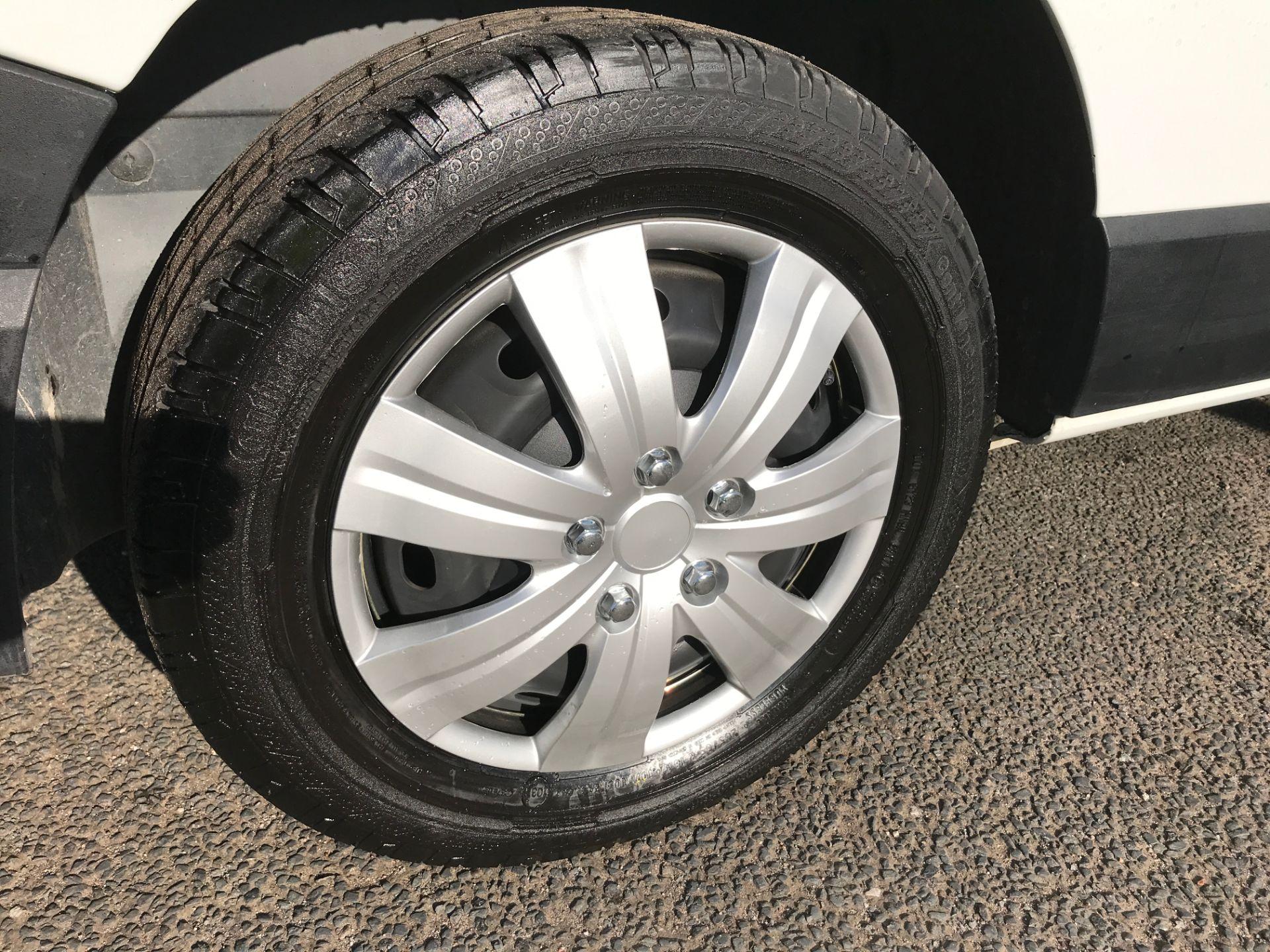 2017 Vauxhall Vivaro 2900 L2 H1 1.6CDTI 120PS EURO 6 (DV67LWC) Image 15