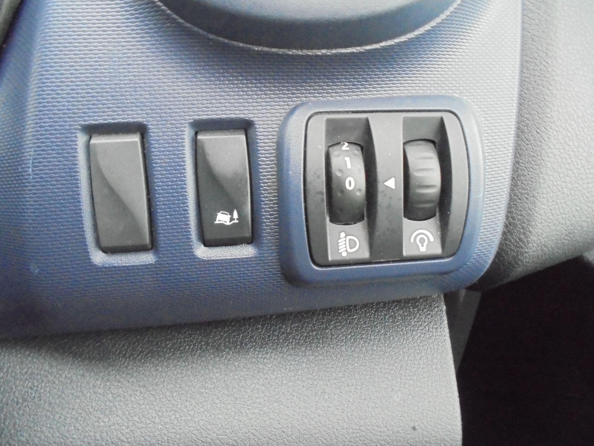 2017 Vauxhall Vivaro L2 2900 1.6CDTI 120PS  H1 EURO 6  (DV67LWY) Image 18
