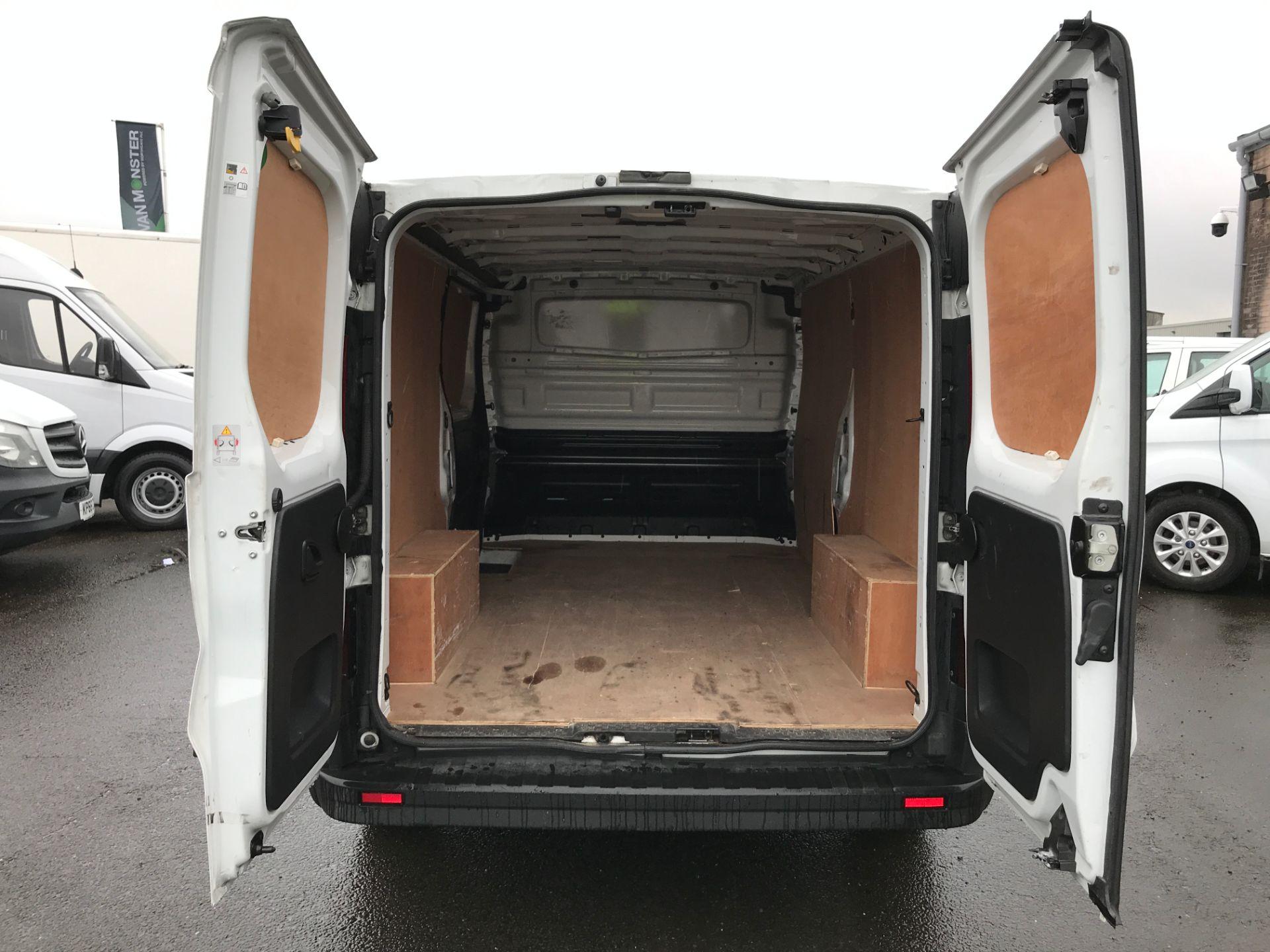 2017 Vauxhall Vivaro 2900 L2 H1 1.6CDTI 120PS EURO 6 (DV67LXB) Image 19