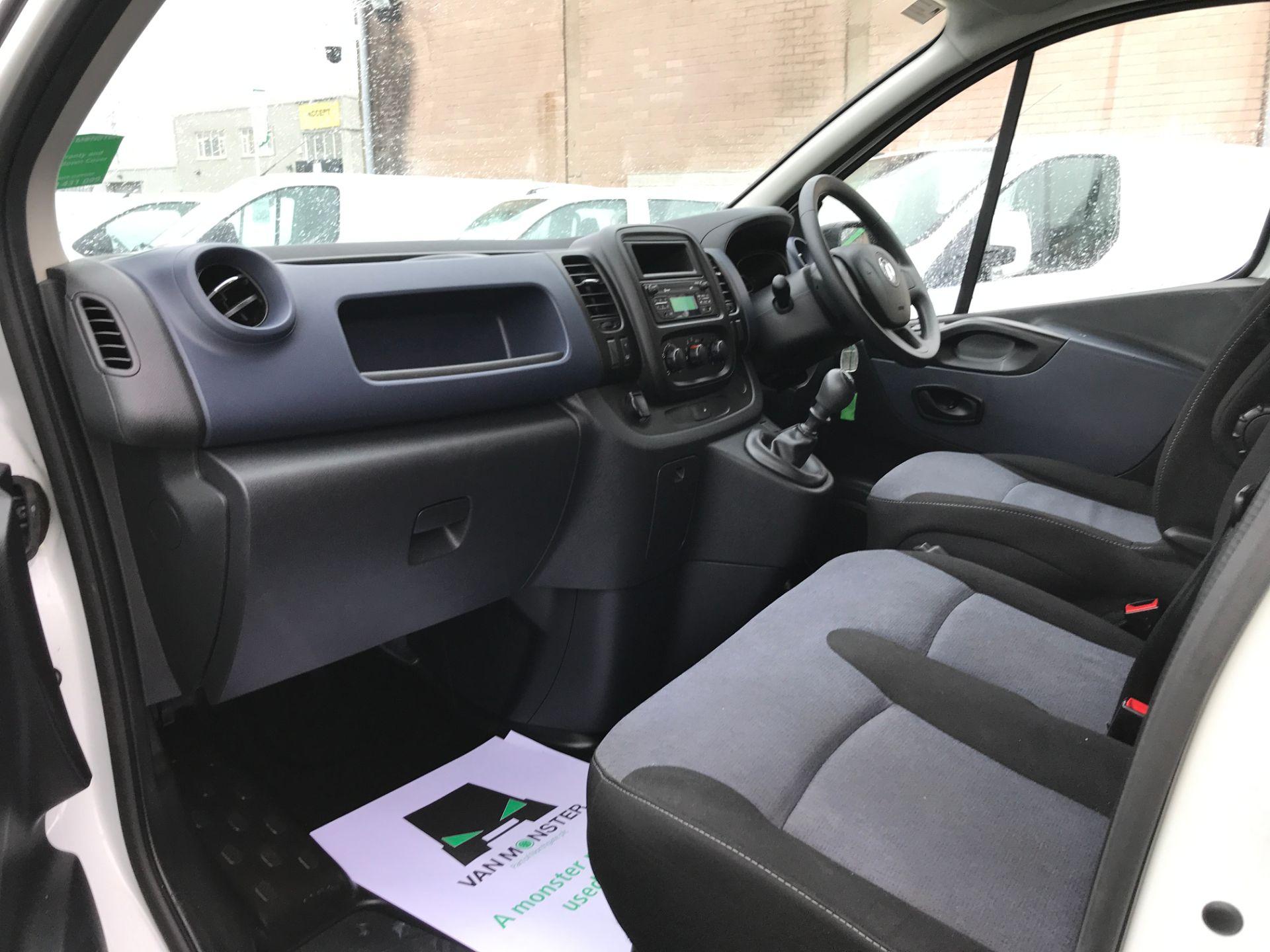 2017 Vauxhall Vivaro 2900 L2 H1 1.6CDTI 120PS EURO 6 (DV67LXB) Image 12