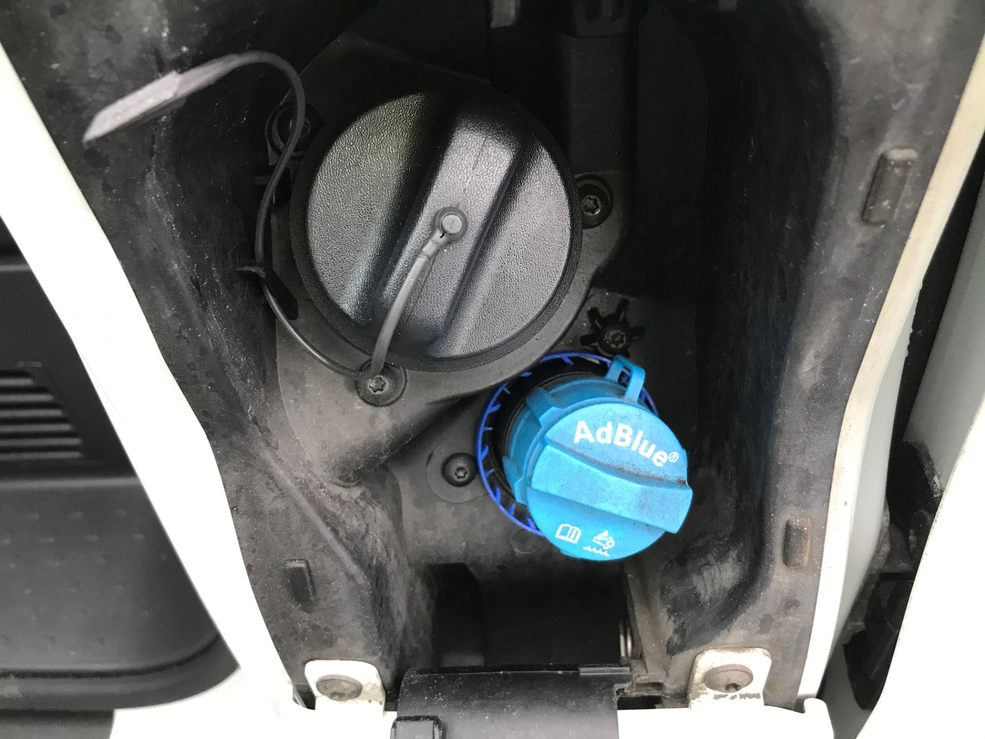 2017 Vauxhall Vivaro 2900 L2 H1 1.6CDTI 120PS EURO 6 (DV67LXB) Image 17