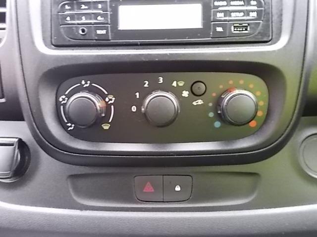2017 Vauxhall Vivaro L2 H1 2900 1.6CDTI 120PS EURO 6 (DV67LXS) Image 21