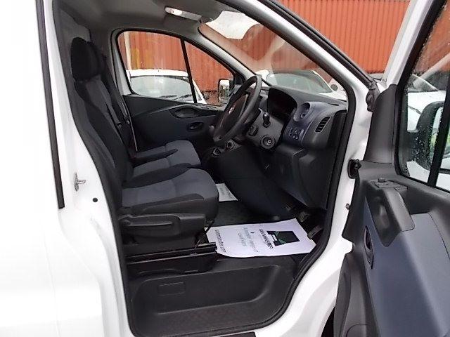 2017 Vauxhall Vivaro L2 H1 2900 1.6CDTI 120PS EURO 6 (DV67LXS) Image 16