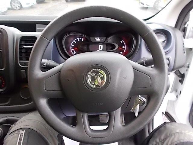 2017 Vauxhall Vivaro L2 H1 2900 1.6CDTI 120PS EURO 6 (DV67LXS) Image 17