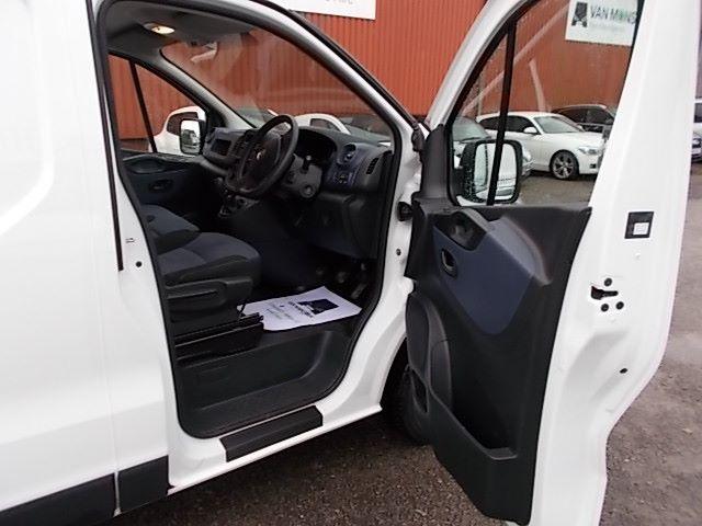 2017 Vauxhall Vivaro L2 H1 2900 1.6CDTI 120PS EURO 6 (DV67LXS) Image 15