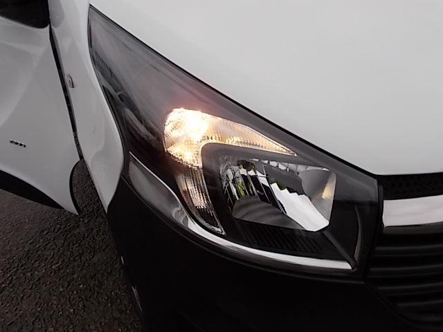 2017 Vauxhall Vivaro L2 H1 2900 1.6CDTI 120PS EURO 6 (DV67LXS) Image 25
