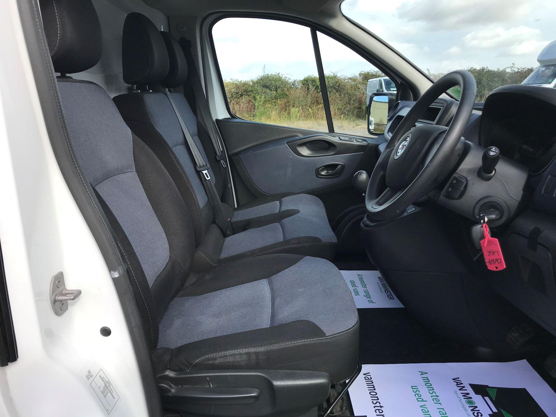 2017 Vauxhall Vivaro L2 H1 2900 1.6CDTI 120PS EURO 6 (DV67LXX) Image 16