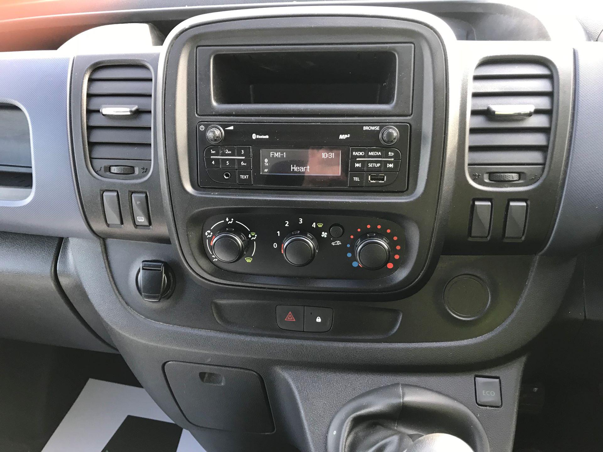 2017 Vauxhall Vivaro L2 H1 2900 1.6CDTI 120PS EURO 6 (DV67LXX) Image 19