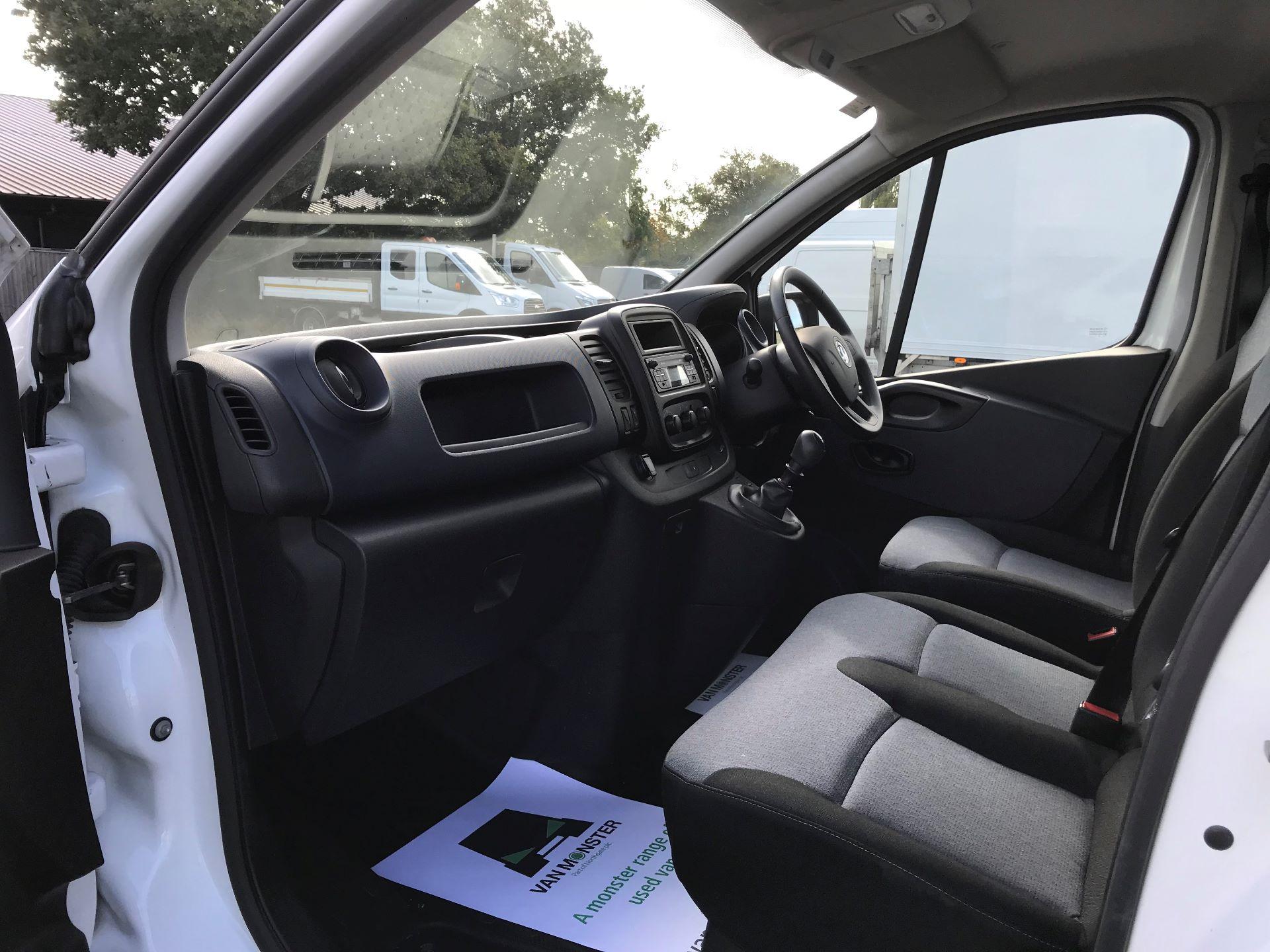 2017 Vauxhall Vivaro L2 H1 2900 1.6CDTI 120PS EURO 6 (DV67LXX) Image 13