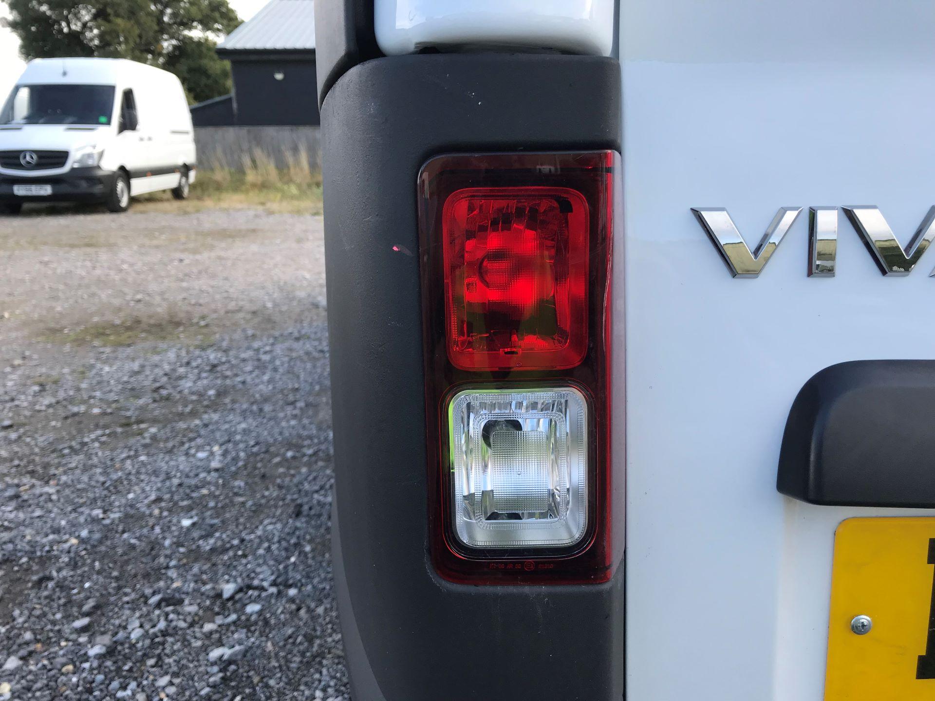 2017 Vauxhall Vivaro L2 H1 2900 1.6CDTI 120PS EURO 6 (DV67LXX) Image 29