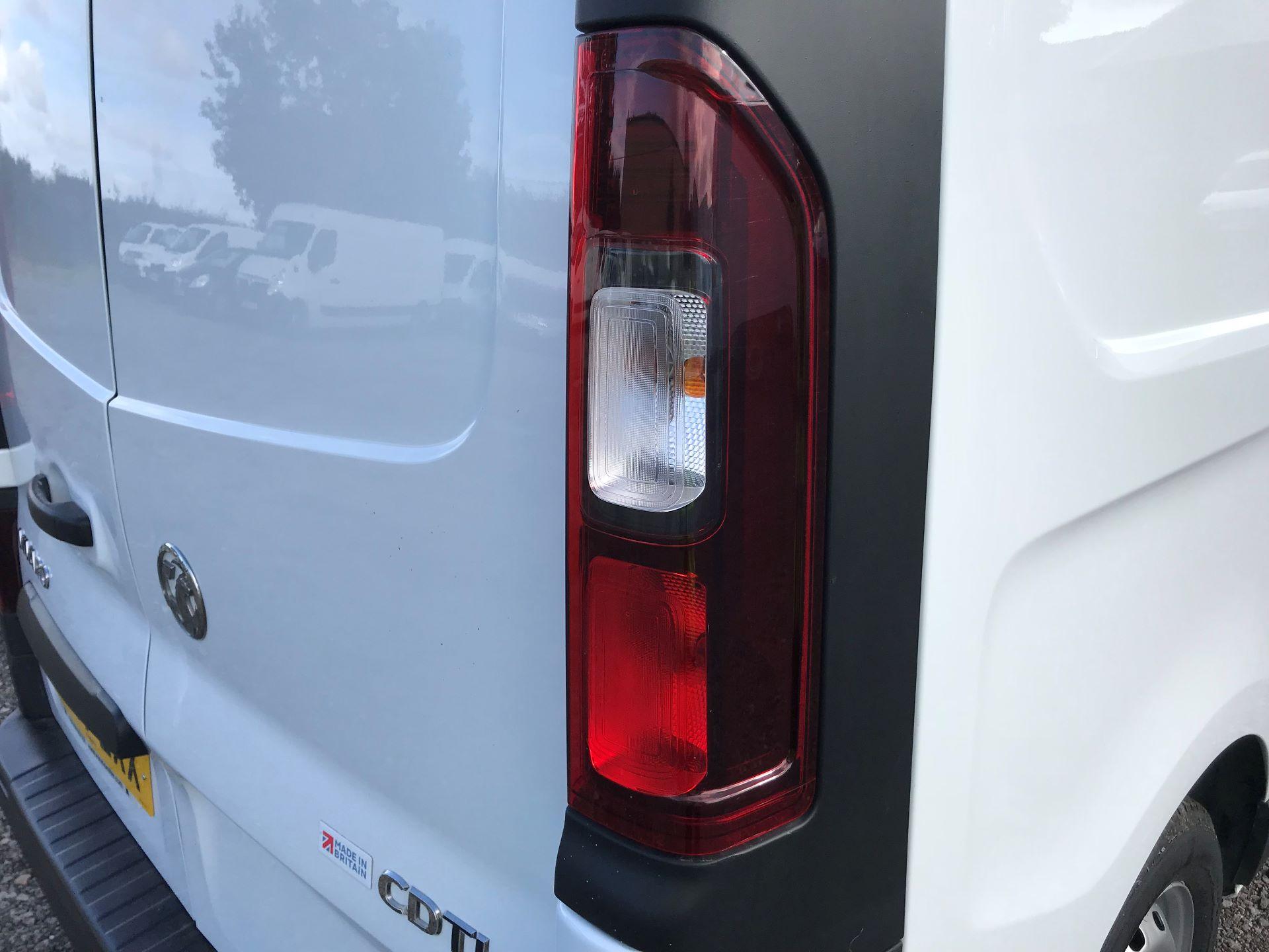 2017 Vauxhall Vivaro L2 H1 2900 1.6CDTI 120PS EURO 6 (DV67LXX) Image 30