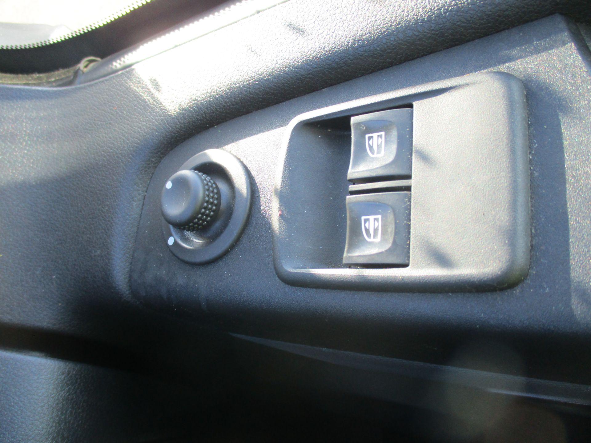 2017 Vauxhall Vivaro L2 H1 2900 1.6 CDTI 120PS EURO 6 (DV67WFT) Image 19