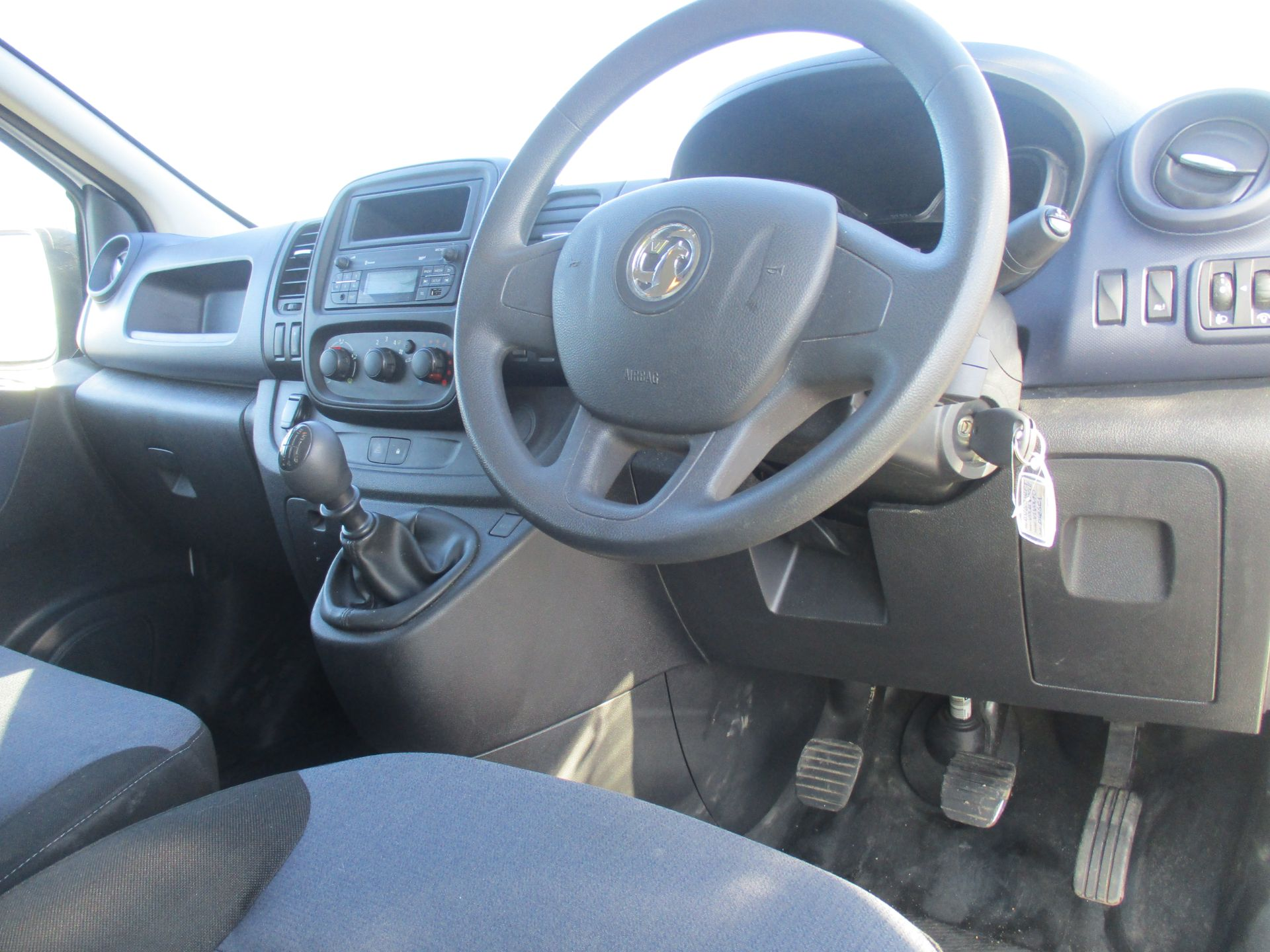 2017 Vauxhall Vivaro L2 H1 2900 1.6 CDTI 120PS EURO 6 (DV67WFT) Image 13