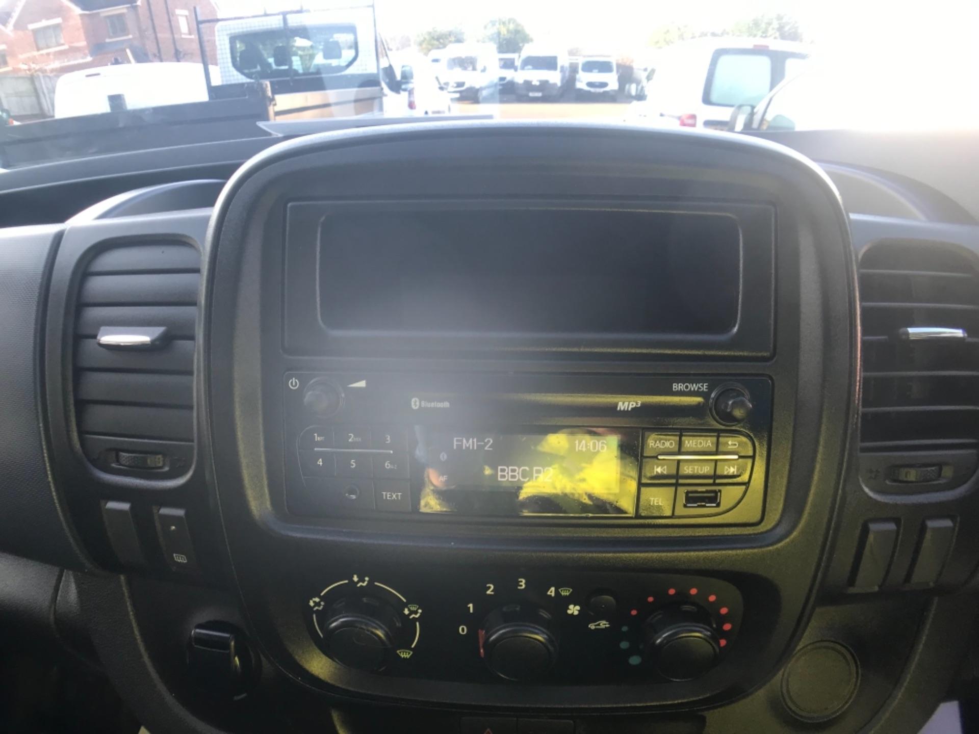 2017 Vauxhall Vivaro L2 H1 2900 1.6CDTI 120PS EURO 6 (DV67WHE) Image 19