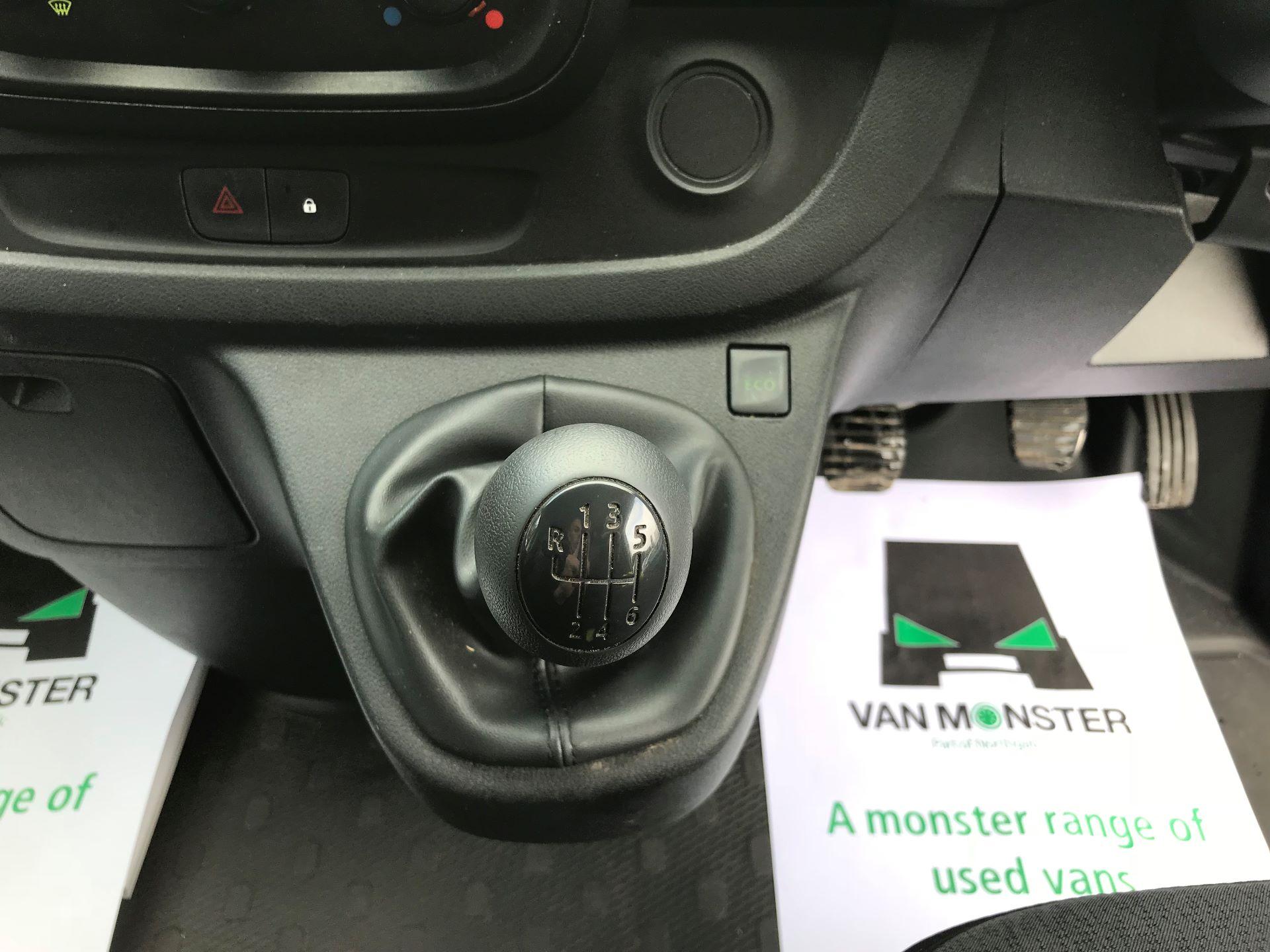 2017 Vauxhall Vivaro L2 H1 2900 1.6CDTI 120PS EURO 6 (DV67WJG) Image 24
