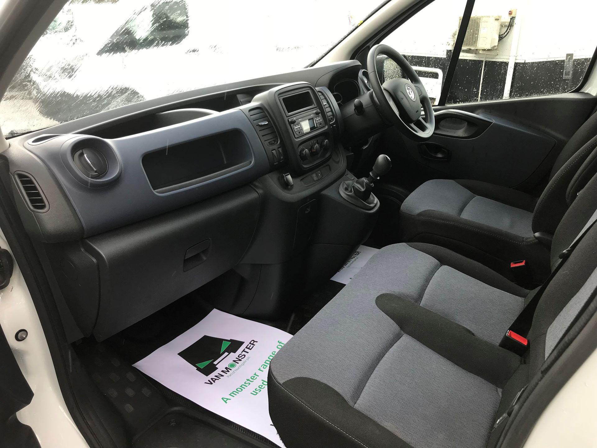 2017 Vauxhall Vivaro L2 H1 2900 1.6CDTI 120PS EURO 6 (DV67WJG) Image 17