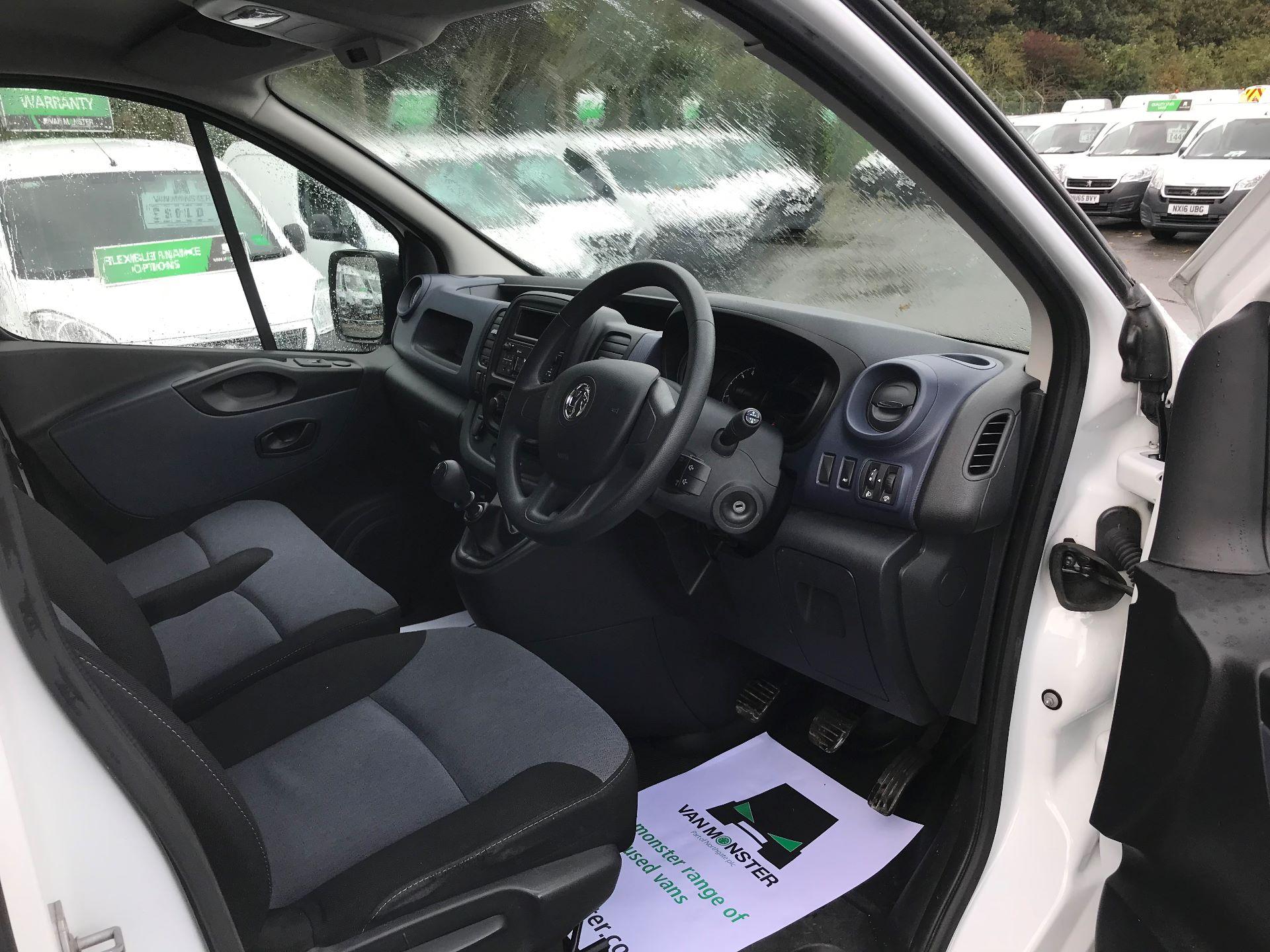 2017 Vauxhall Vivaro L2 H1 2900 1.6CDTI 120PS EURO 6 (DV67WJG) Image 18