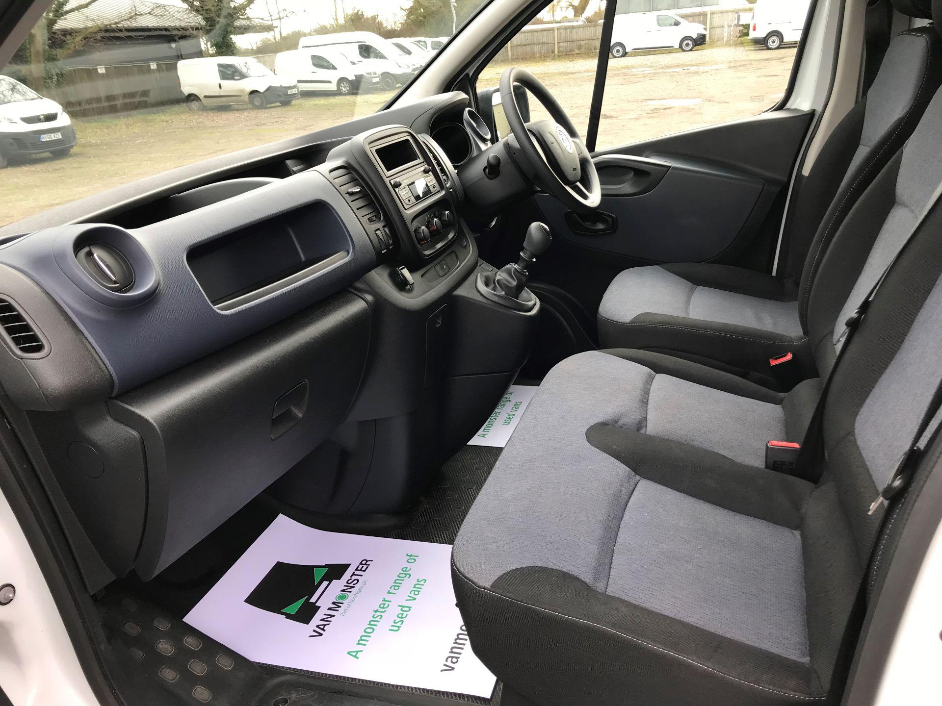 2017 Vauxhall Vivaro L2 H1 2900 1.6CDTI 120PS EURO 6 (DV67WLK) Image 22