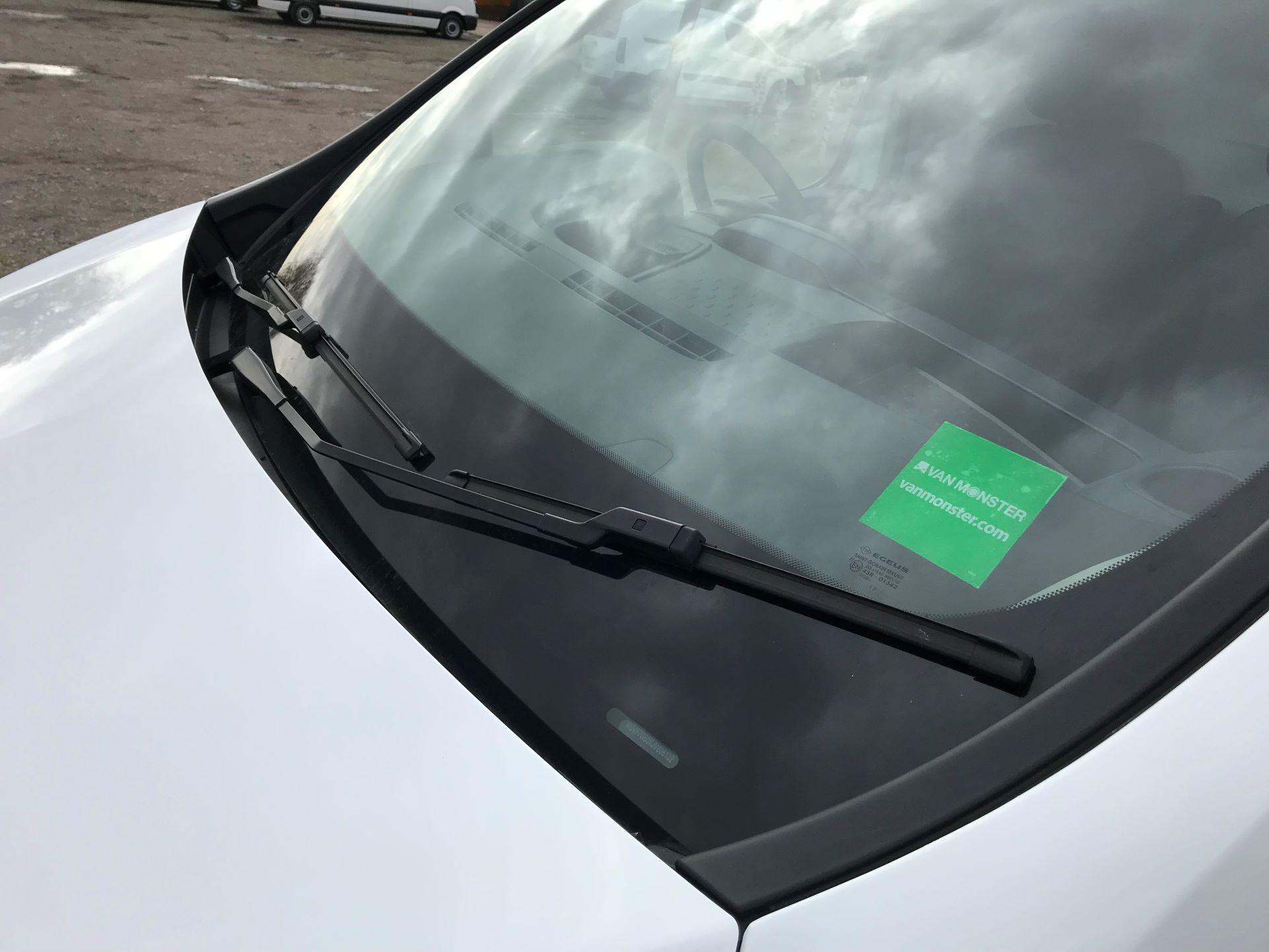 2017 Vauxhall Vivaro L2 H1 2900 1.6CDTI 120PS EURO 6 (DV67WLK) Image 20
