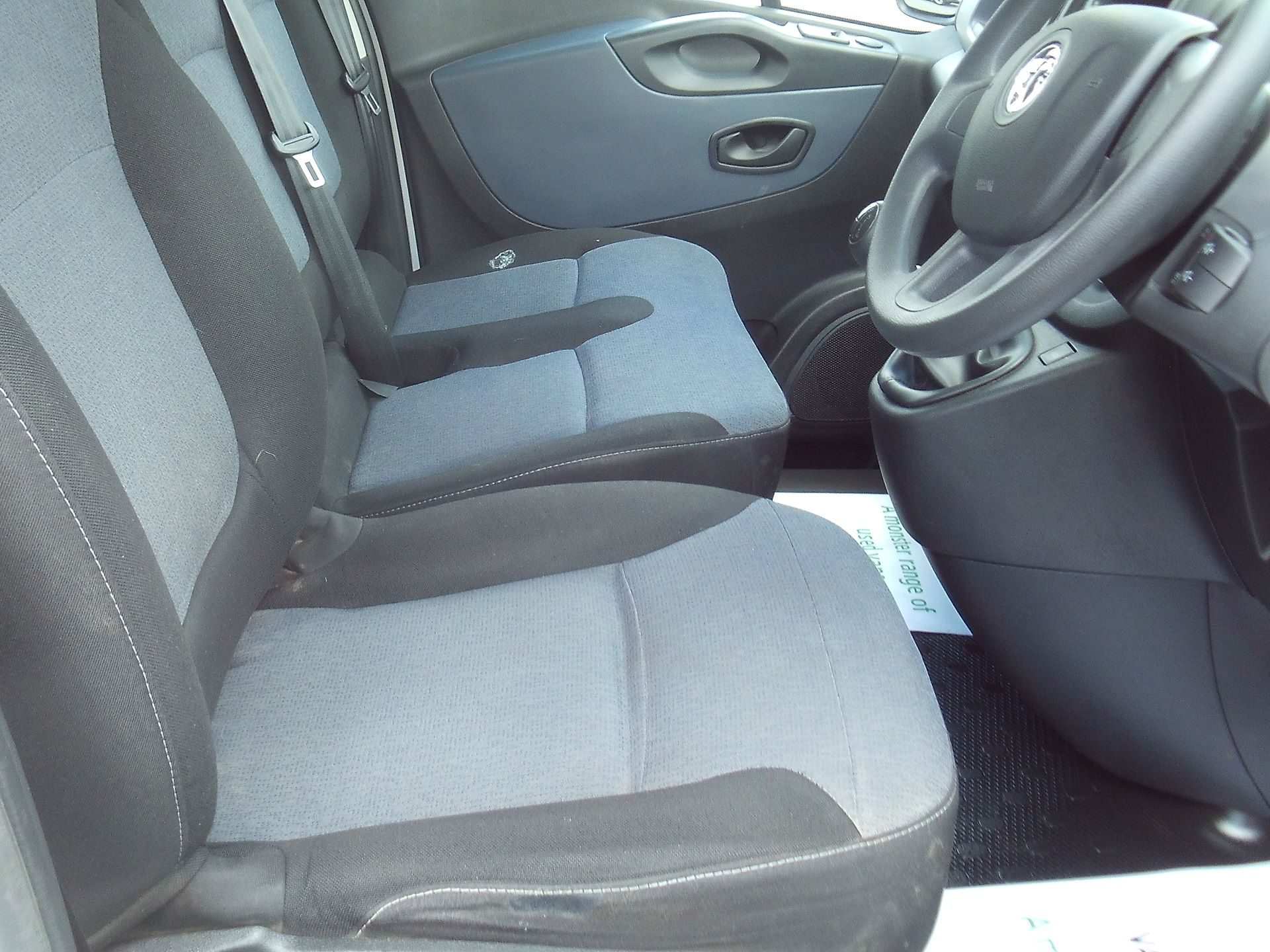 2017 Vauxhall Vivaro 2900 L2 H1 1.6CDTI 120PS EURO 6 (DV67WLU) Image 12