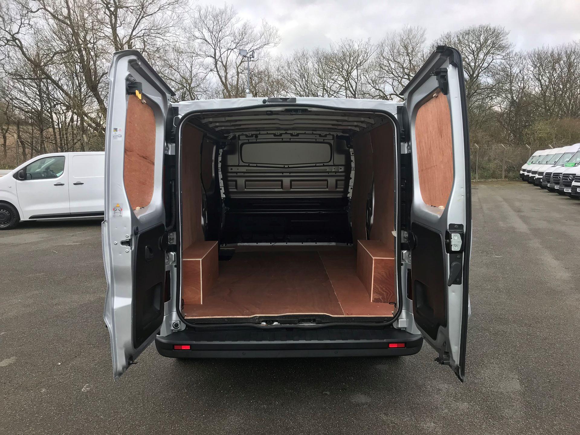 2018 Vauxhall Vivaro L2 H1 2900 1.6CDTI 120PS SPORTIVE EURO 6 (DV68XNA) Image 8