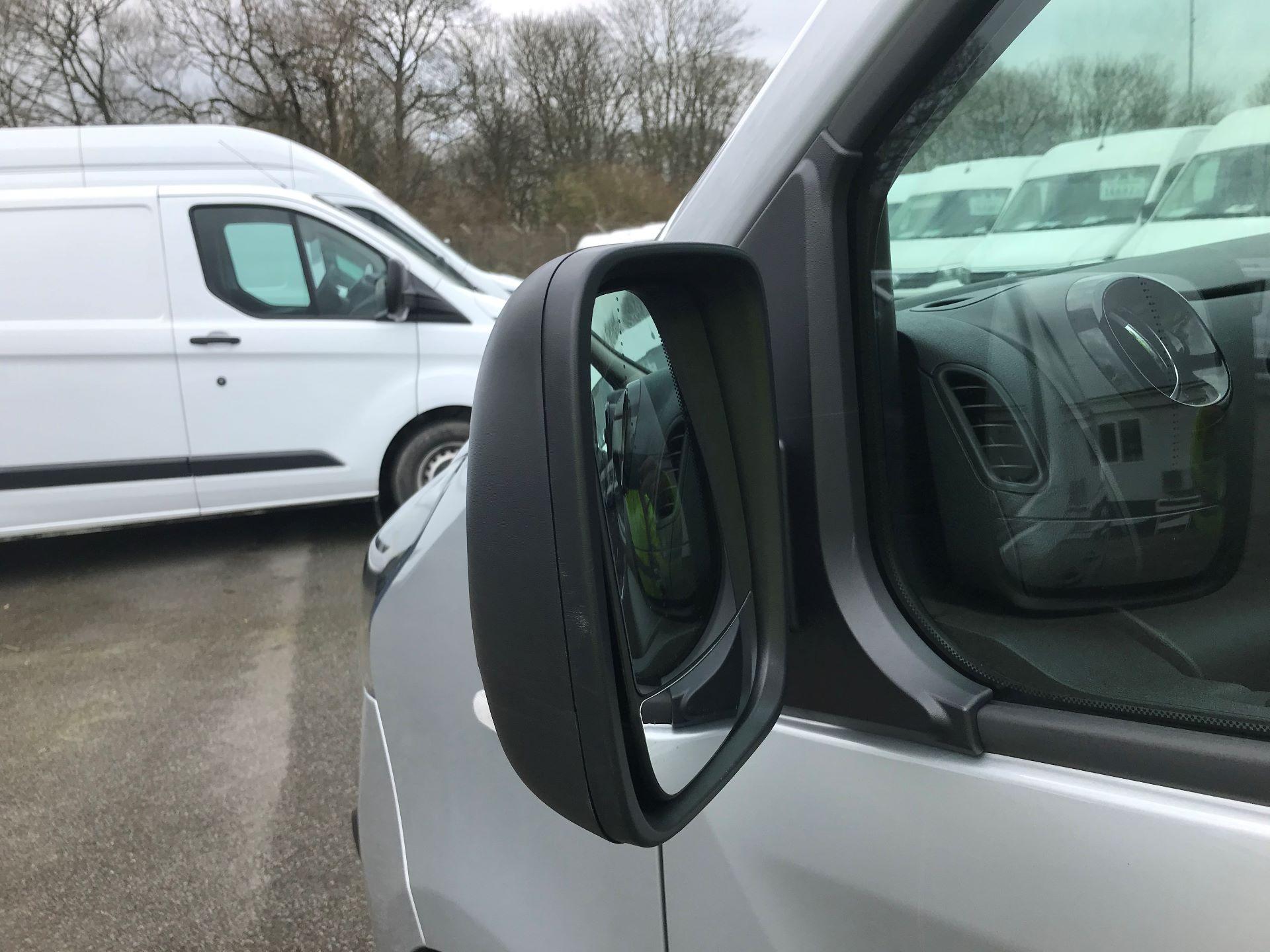 2018 Vauxhall Vivaro L2 H1 2900 1.6CDTI 120PS SPORTIVE EURO 6 (DV68XNA) Image 14