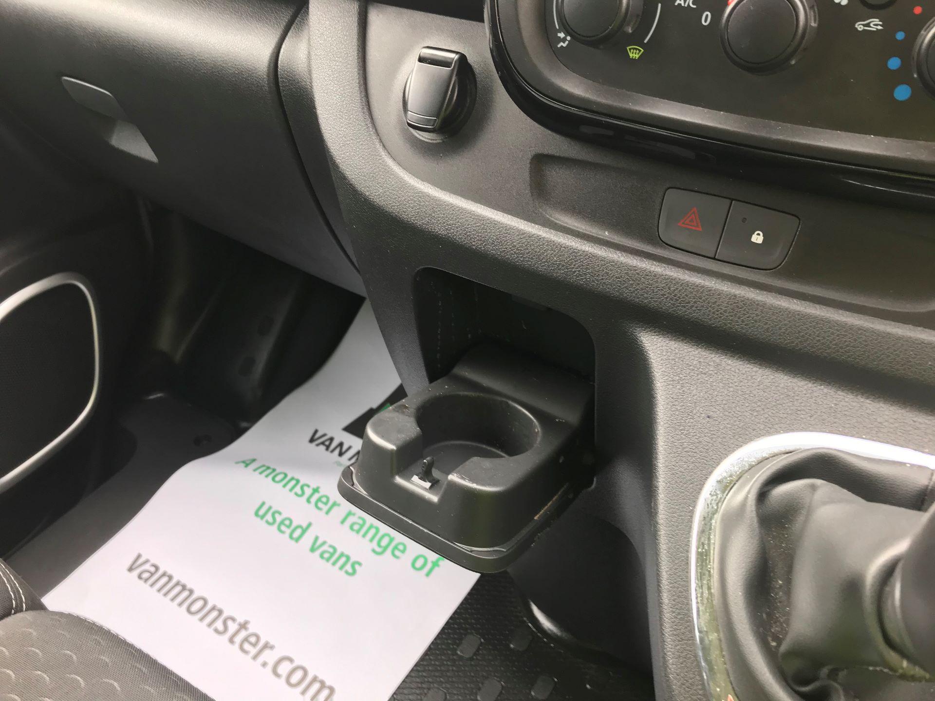 2018 Vauxhall Vivaro L2 H1 2900 1.6CDTI 120PS SPORTIVE EURO 6 (DV68XNA) Image 27
