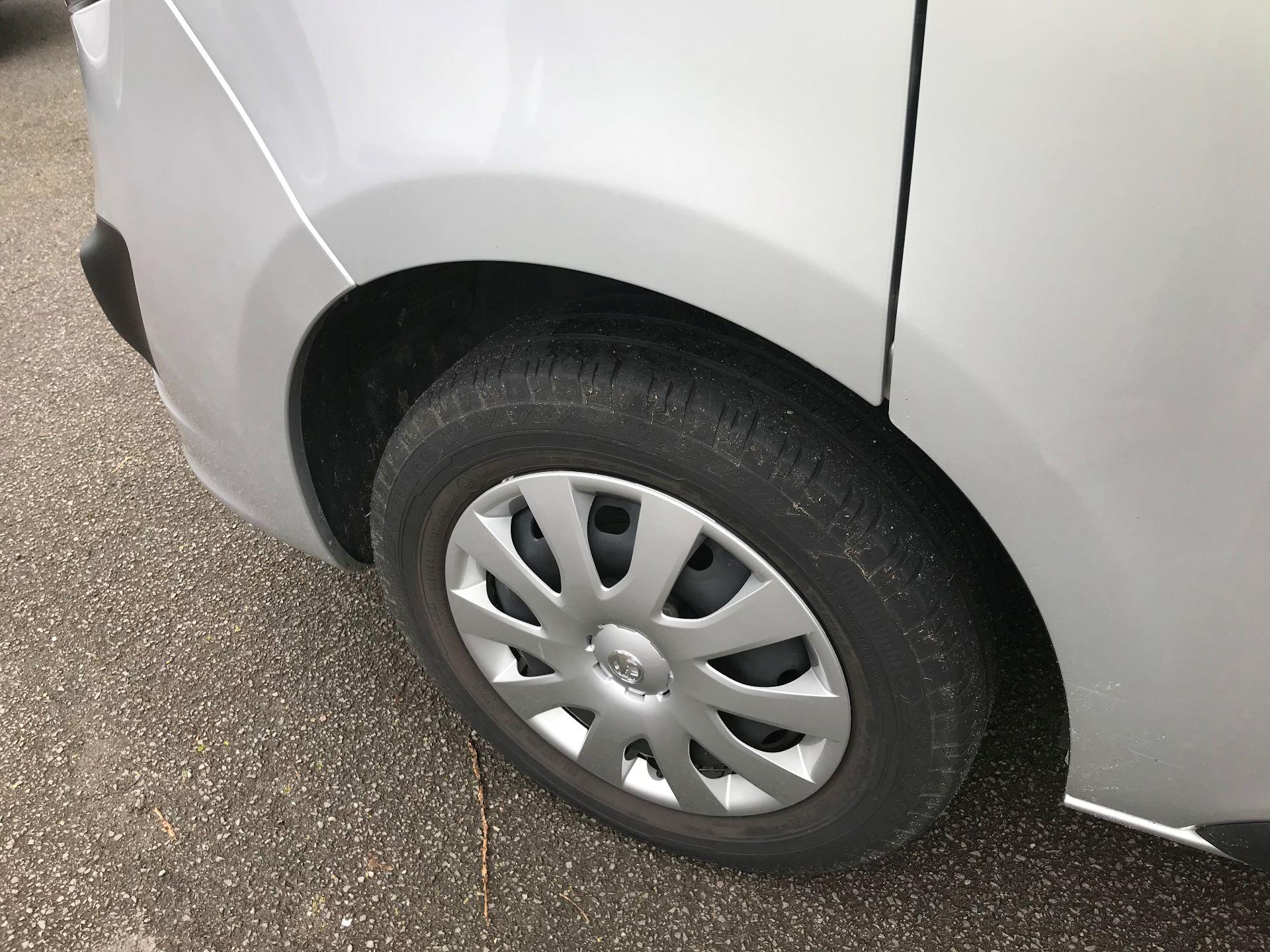 2018 Vauxhall Vivaro L2 H1 2900 1.6CDTI 120PS SPORTIVE EURO 6 (DV68XNA) Image 13