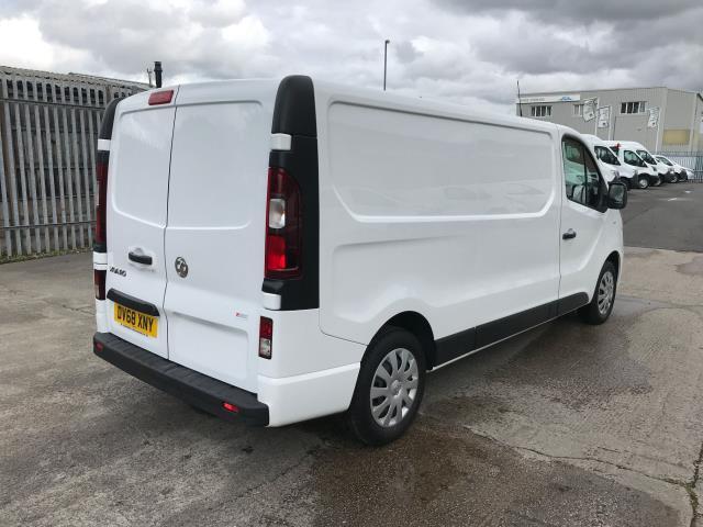 2018 Vauxhall Vivaro 2900 L2 H1 1.6CDTI 120PS SPORTIVE EURO 6 (DV68XNY) Image 8
