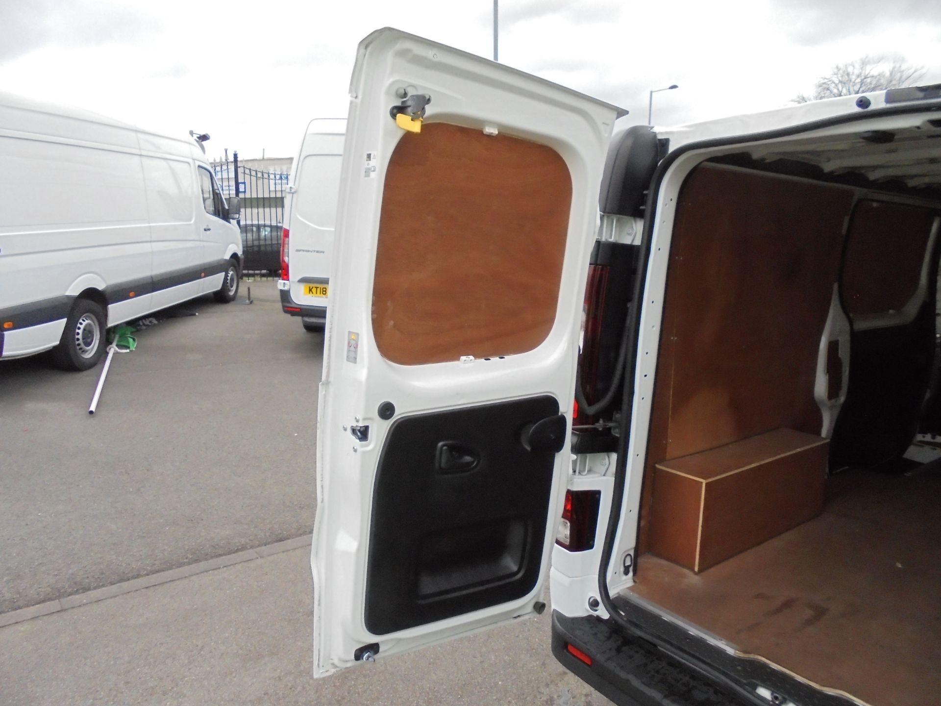 2018 Vauxhall Vivaro 2900 1.6Cdti 120Ps Sportive L2 H1 Van (DV68XPT) Image 32