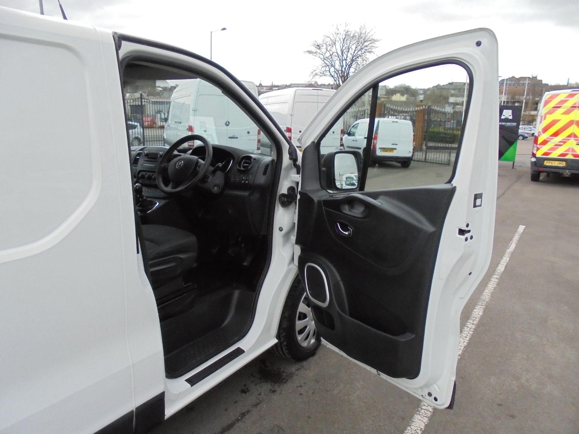 2018 Vauxhall Vivaro 2900 1.6Cdti 120Ps Sportive L2 H1 Van (DV68XPT) Image 9