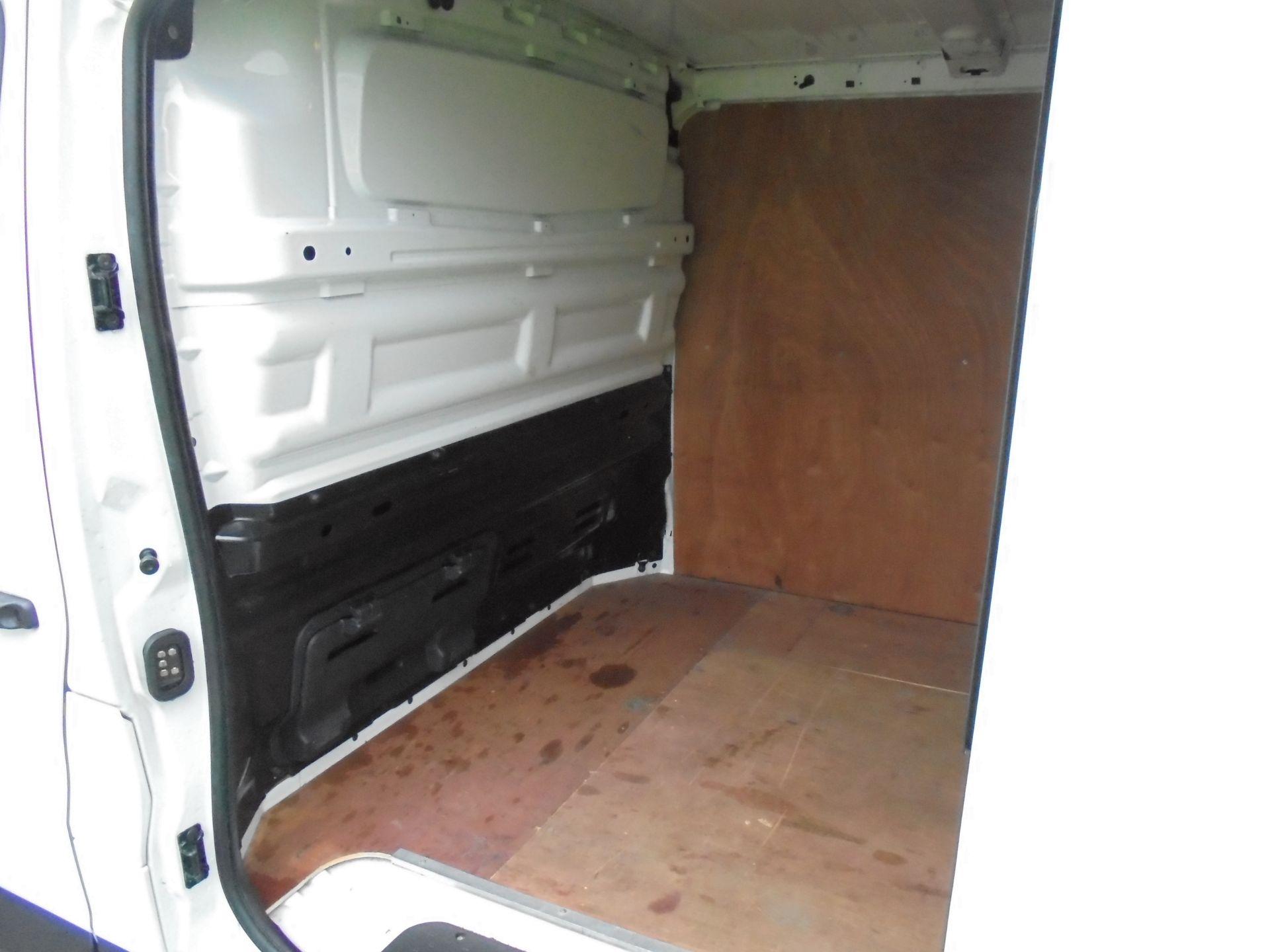 2018 Vauxhall Vivaro 2900 1.6Cdti 120Ps Sportive L2 H1 Van (DV68XPT) Image 25