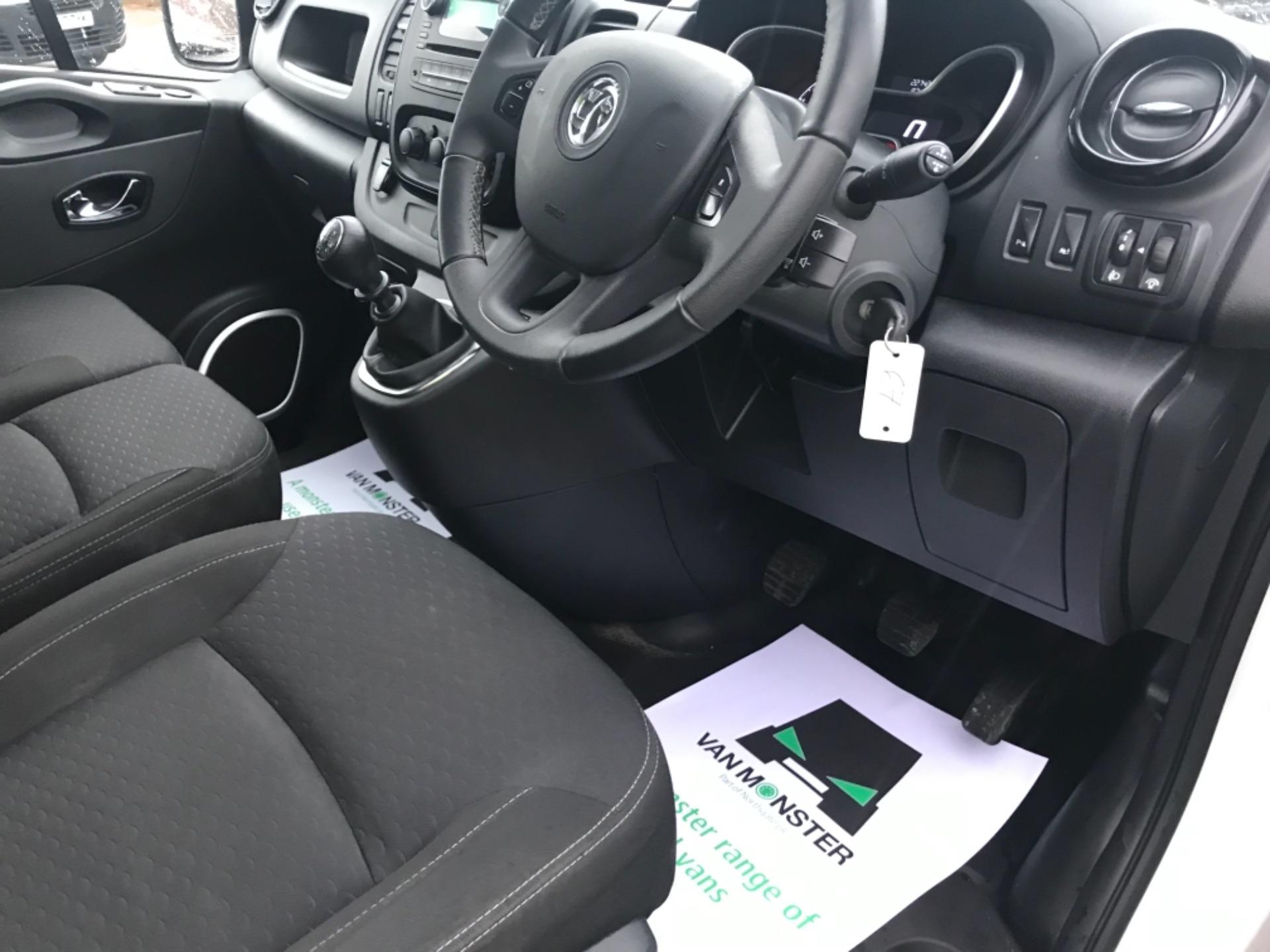 2018 Vauxhall Vivaro 2900 1.6Cdti 120Ps Sportive H1 Van (DV68XPW) Image 9