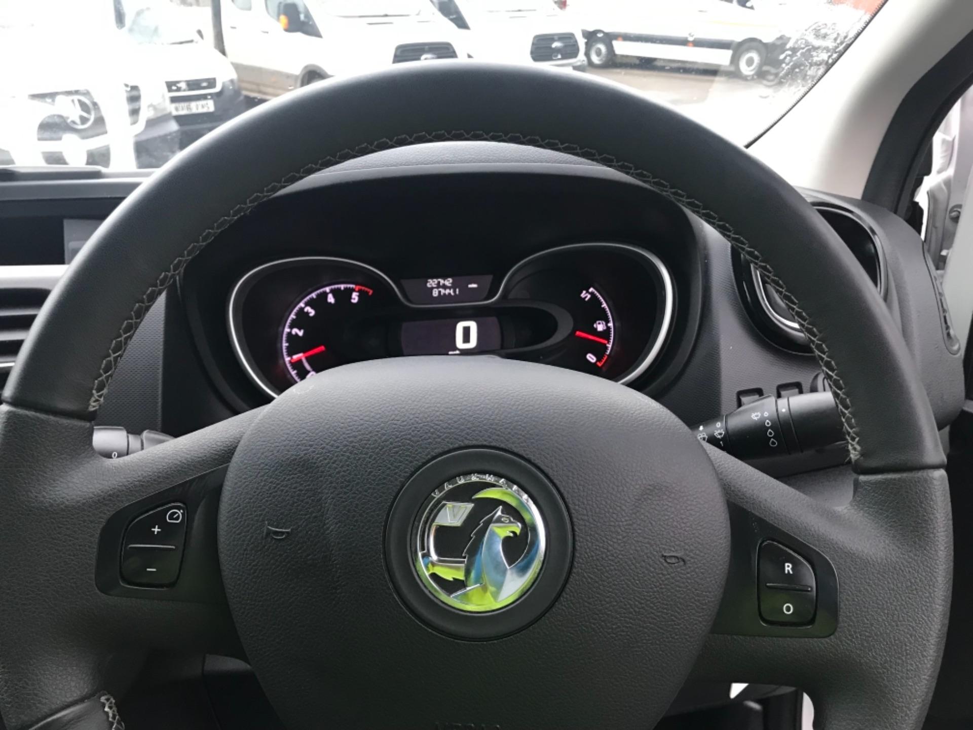 2018 Vauxhall Vivaro 2900 1.6Cdti 120Ps Sportive H1 Van (DV68XPW) Image 16