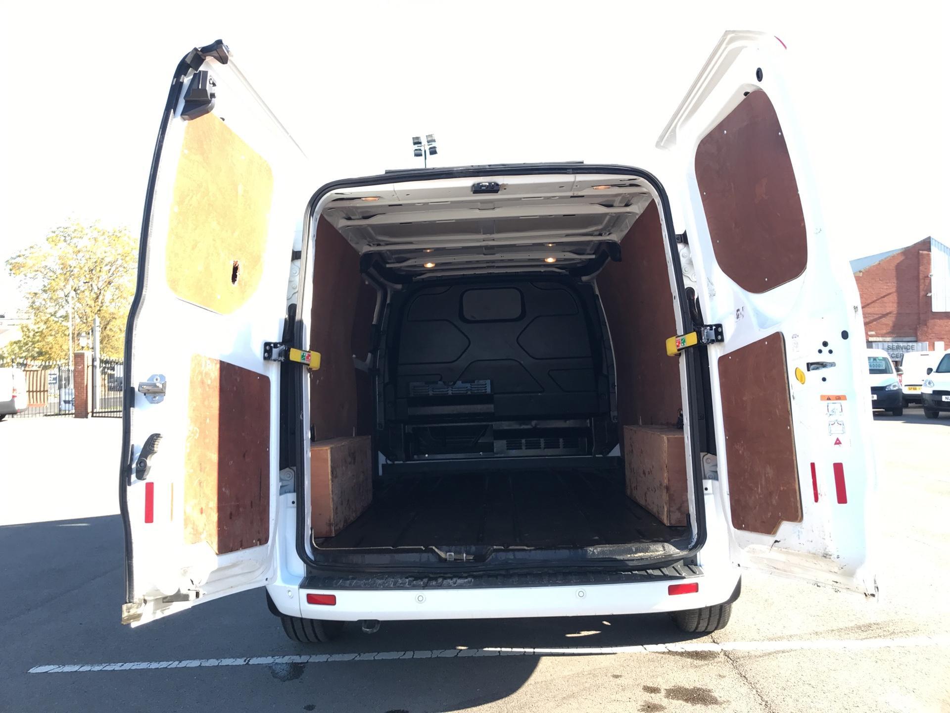 2016 Ford Transit Custom 2.2 Tdci 125Ps Low Roof LWB Limited Van EURO 5  (DW16KBU) Image 16