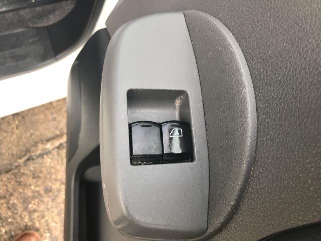 2017 Nissan Nv200 1.5DCI ACENTA 89PS EURO 6 (DW17CXP) Image 19