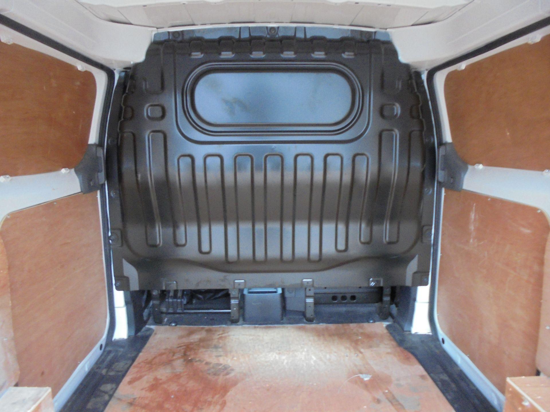 2017 Nissan Nv200 1.5 Dci Acenta Van Euro 6 (DW17CXZ) Image 10