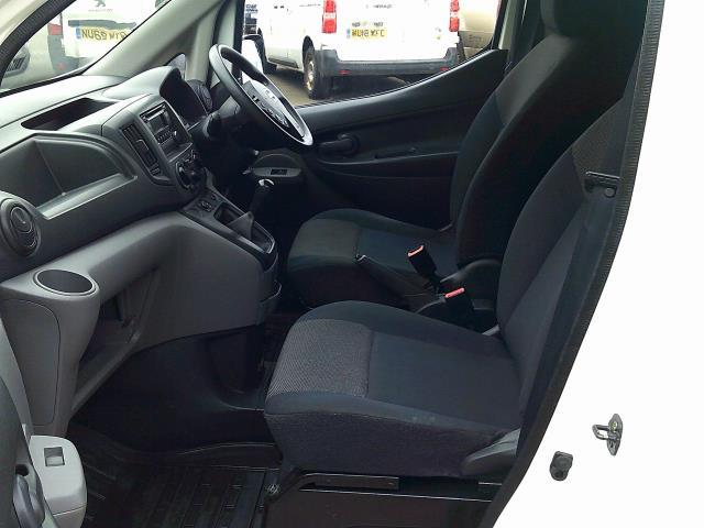 2017 Nissan Nv200 1.5 Dci Acenta Van Euro 6 (DW17CZA) Image 5