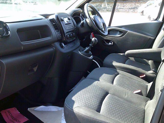 2019 Vauxhall Vivaro 2900 1.6Cdti 120Ps Sportive L2 H1 Van (DW19LHR) Image 14