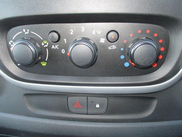 2015 Vauxhall Vivaro L2 H1 2900 1.6 BITURBO 120PS  EURO 5. AIR CON (DX15UHN) Image 15