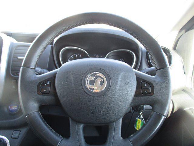 2015 Vauxhall Vivaro L2 H1 2900 1.6 BITURBO 120PS  EURO 5. AIR CON (DX15UHN) Image 17