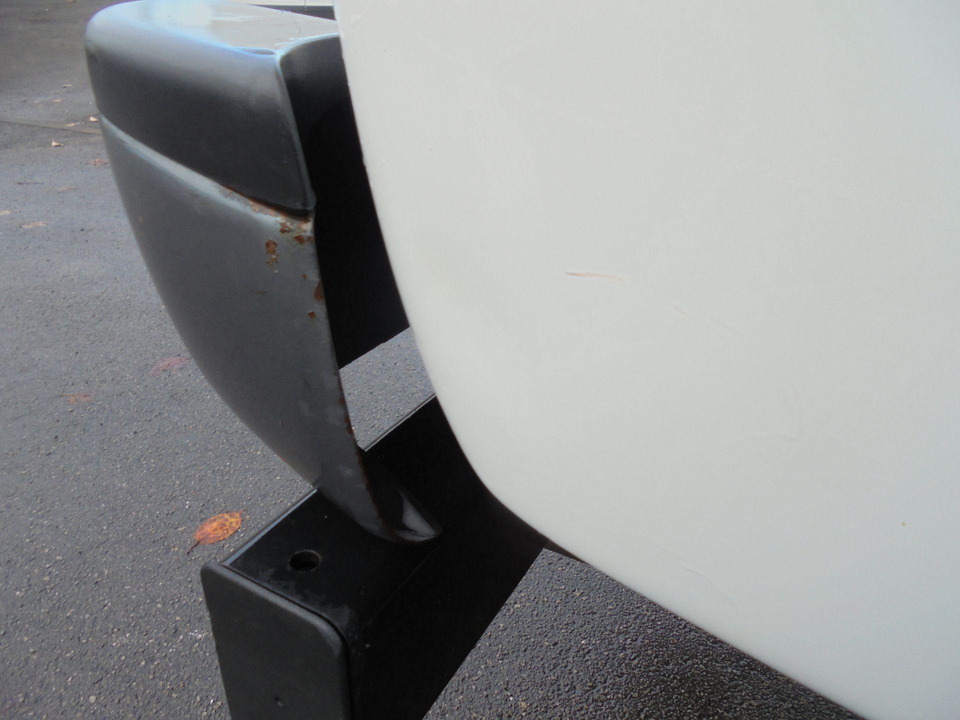 2015 Toyota Hilux Active D/Cab Pick Up 2.5 D-4D 4Wd 144 (DX15WSV) Image 22