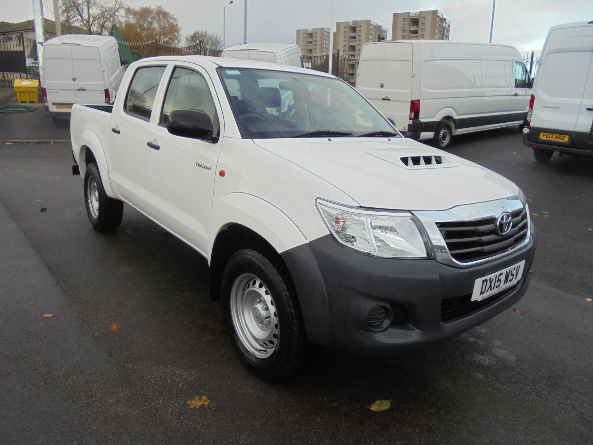 2015 Toyota Hilux Active D/Cab Pick Up 2.5 D-4D 4Wd 144 (DX15WSV)