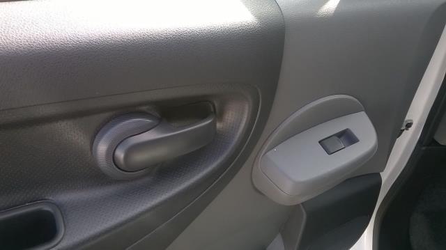 2016 Nissan Nv200 1.5 DCI ACENTA EURO 5 (DX16OJC) Image 15