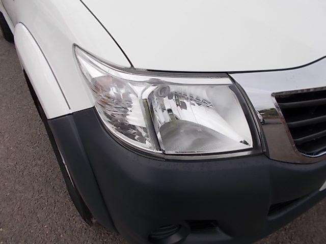 2016 Toyota Hilux DOUBLE CAB PICK UP 2.5 D-4D 4WD ACTIVE EURO 5 (DX16TUU) Image 26