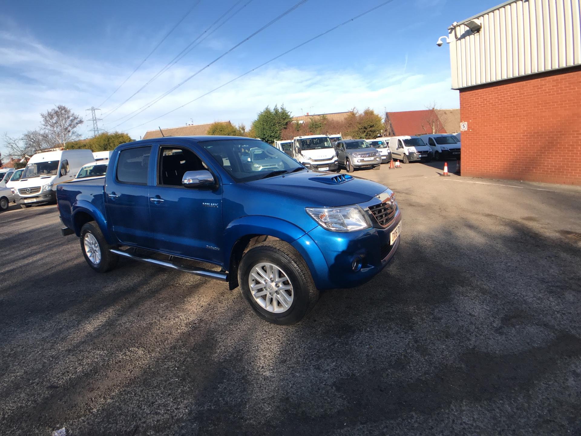 2016 Toyota Hilux  DOUBLE CAB PICK UP 3.0 4WD 171 INVINCIBLE EURO 5 (DX16TUY)